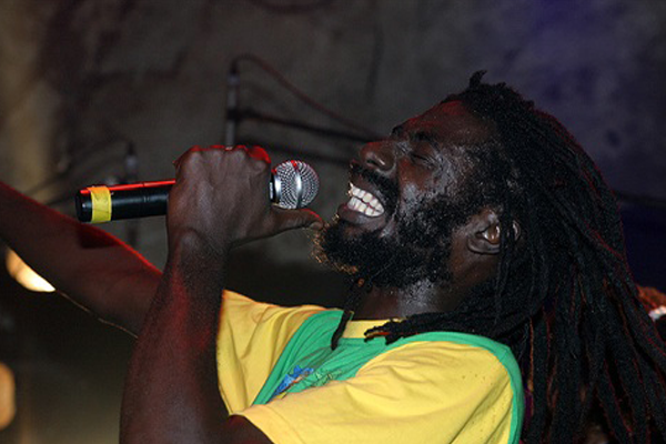 *Tings A Come Up Free Buju Banton*
