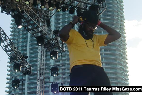 Best of the Best Concert 2011-Tarrus Riley