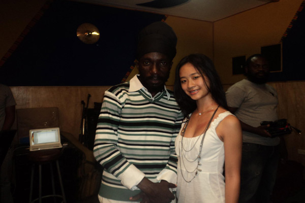 Sizzla Kalonjii Unplugged and Acustic with Jessica Yap