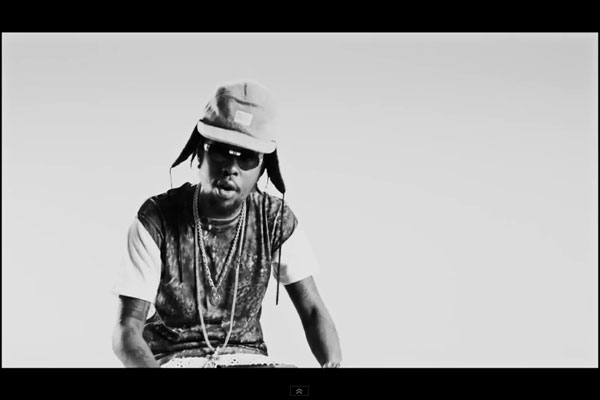 <strong>WATCH POPCAAN &#8211; EVERYTHING NICE &#8211; OFFICIAL MUSIC VIDEO &#8211; MIXPAK RECORDS</strong>