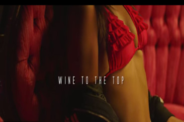 <strong>Watch Vybz Kartel Whiz Kid &#8211; Whine To The Top &#8211; Official Music Video [World Fete Riddim]</strong>
